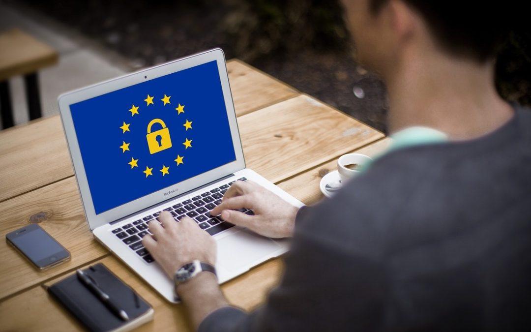 Ved din webproducent nok om GDPR til at lave en sikker og lovlig hjemmeside til dig?
