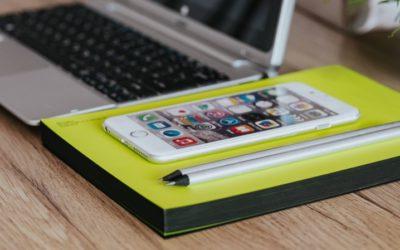 Mobilen overhalede computeren i 2017 – og nu skal digitale tekster moderniseres
