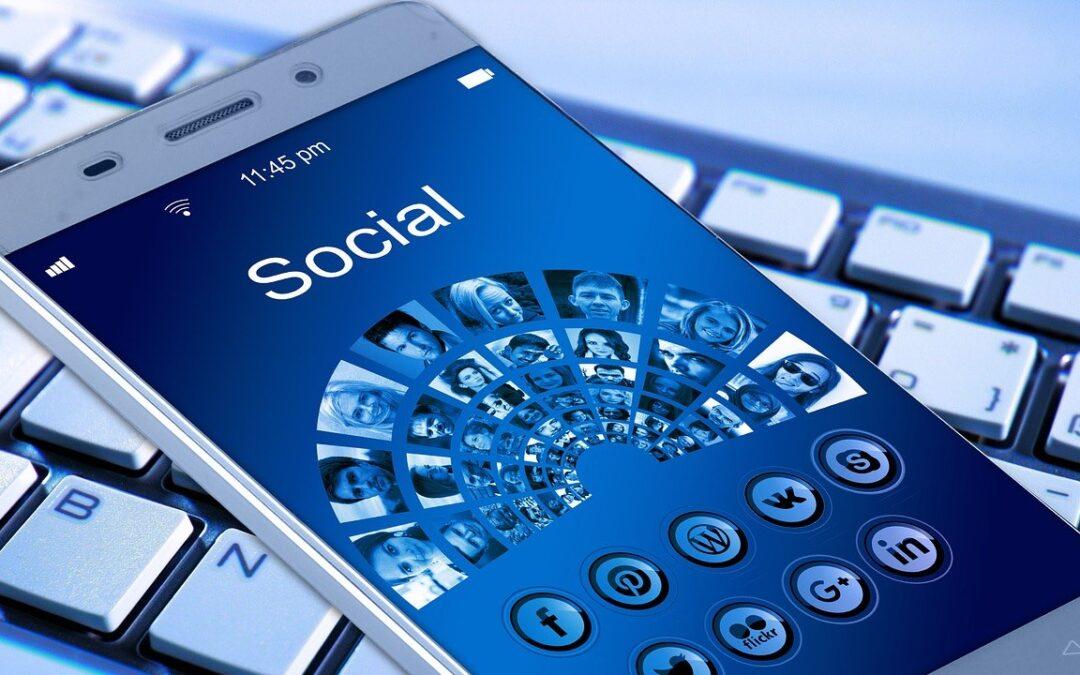 Er du medlem af en Facebook gruppe, der er privat – eller offentlig og irriterende