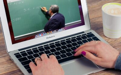 Web uden virus – hold møder og undervisning online via zoom